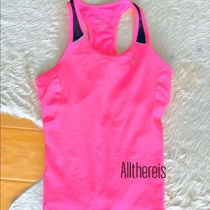 NWT Nike neon and black mesh tank size M*(S)